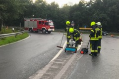 Reinigungsarbeiten an der Anschlussstelle Verden-Nord.