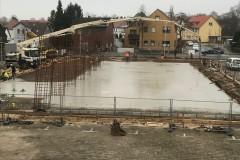 29.11.2016 - Fortlaufende Bauarbeiten, gießen der Sole.