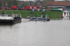 Boot des THW Ortsverbandes Achim im Hafen.
