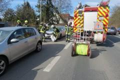 Einsatzstelle Bremer Straße, Auslaufende Betriebsstoffe nach Verkehrsunfall.