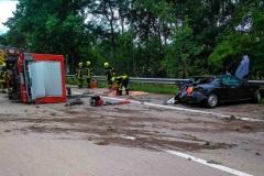 – Auslaufende Betriebsstoffe mussten durch die Feuerwehr aufgenommen werden.