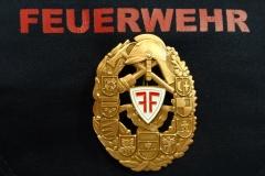 Das Südtiroler Feuerwehrleistungsabzeichen in Bronze.