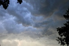 Gewitterwolken am Nachmittag während des Einsatzgeschehens.