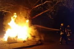 Brennender Sperrmüll am Hoppenkamp.