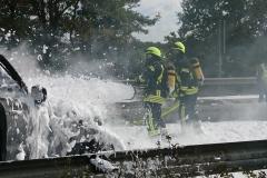 Auch Löschschaum wurde für die Brandbekämpfung eingesetzt.