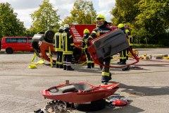 Sonderausbildung zum Thema Verkehrsunfallrettung.