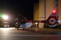 Der gelandete Hubschrauber am Verdener Krankenhaus.