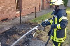 Die Feuerwehr musste lediglich Nachlöscharbeiten durchführen.