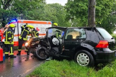 Einer der an dem Verkehrsunfall beteiligten PKW.