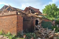 Die Trümmer des eingestürzten Daches.
