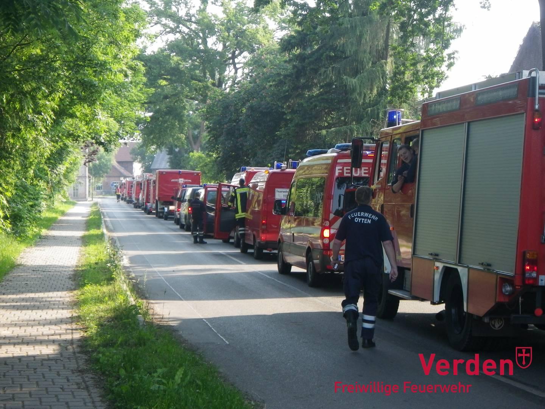 Kreisfeuerwehrbereitschaft Verden im Hochwassereinsatz 2013 an der Elbe.