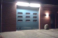 Fahrzeughalle von außen