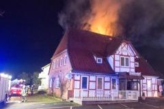 Brand eines ehemalige Hotels im Ortskern, Dezember 2013